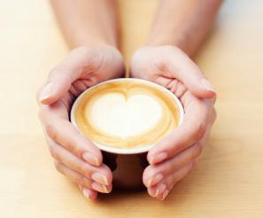Café y embarazo: toma poca cantidad
